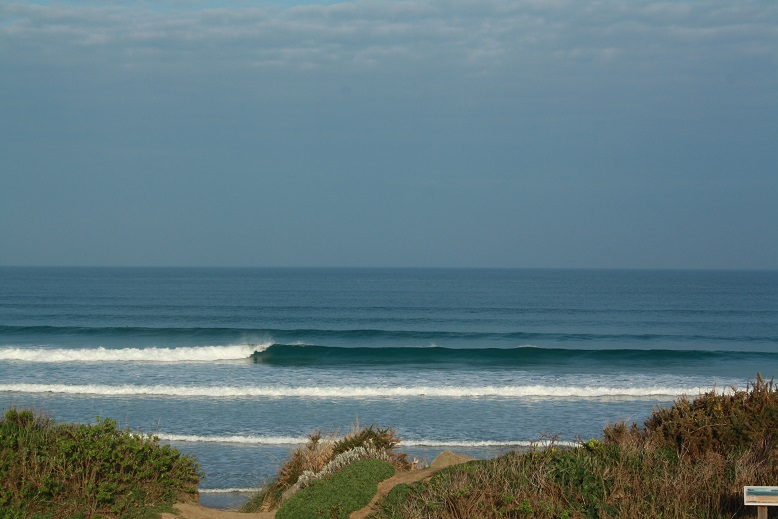 Bonnes conditions de surf aujourd'hui