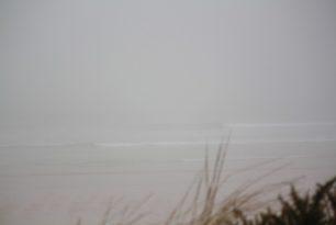 Minis vagues et gros brouillard