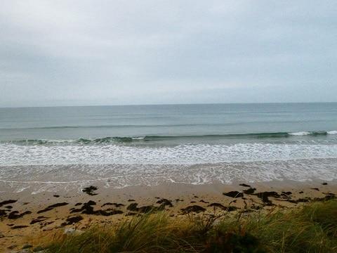 Petites vagues propres et pluie
